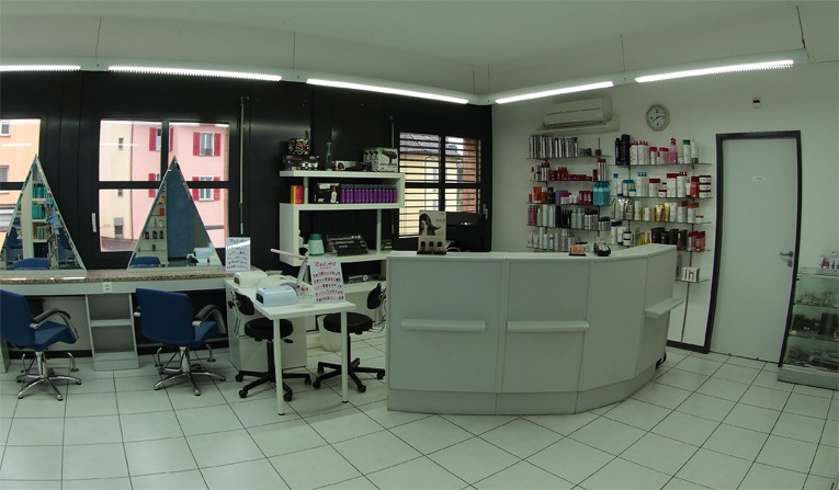 Giovanni salon